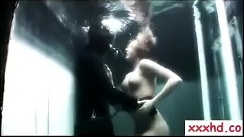 underwater top models photography with mermaid hunters edmund.