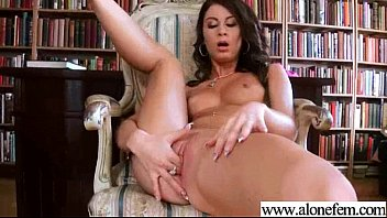 unexperienced doll ariella use all kind of hookup.