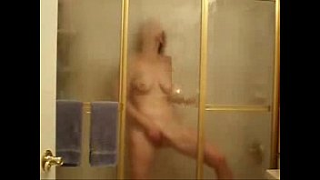 my naughty mother finger-tearing up in douche covert webcam