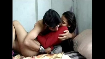 indian gf deep throating her beau