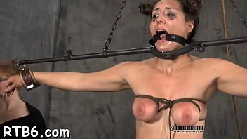 lusty collaring for nice beauty