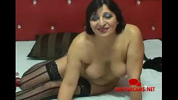 grannie latina does camshow - chattercamsnet