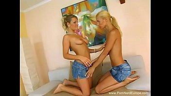 blondie german all girl sisters