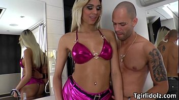 luxurious she-masculine britney gets her booty pumped with.