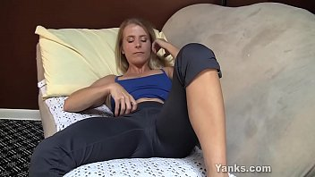 yanks cougar skyla jerks and shoots.