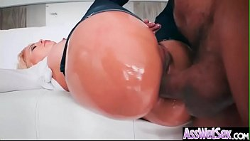 luna starlet biotch lady with hefty well-lubed rump.