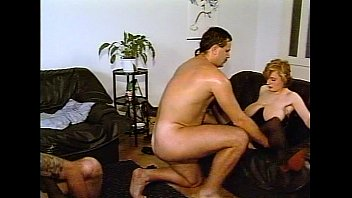 juliareaves-dirtymovie - gruppen ficken - vignette trio -.