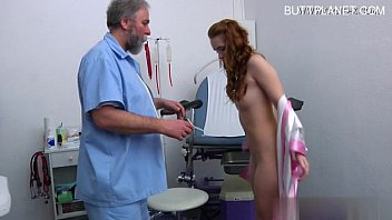 youthfull chick spunk packed honeypot