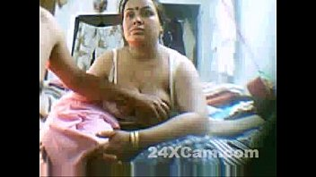 plumper indian aunty webcam display on.