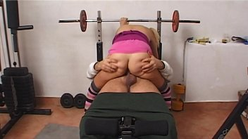 youthfull superslut in the gym gargles the beef.