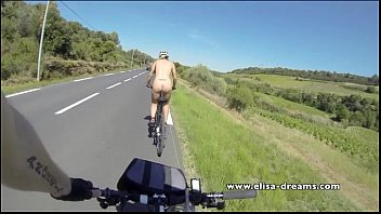 flashing and nude in public biking on the road