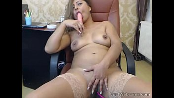 mexican cougar playthings herself on web.