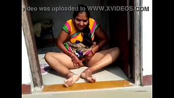 desi village bhabhi demonstrating her cootchie boyfriend hindi clear