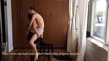 tied raise and carry and lapsitting by china mom