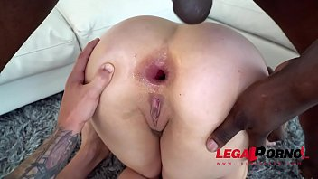 lena paul is a starlet - getting ripped.
