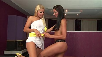 vrpussyvisioncom - light-haired and dark-haired girl-on-girl - 2 climaxes