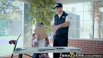 brazzers - baby got bumpers -  no.