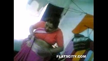 desi aunty penetrate with uncle