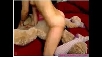 brown-haired very first-timer breezy plays with playthings - wwwcromweltubecom