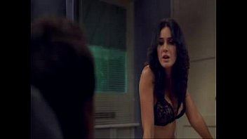 emmanuelle chriqui - hollywood celeb actress nude vid sequence