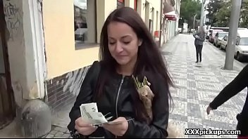 public pickups euro damsel lured by kinky amarican.