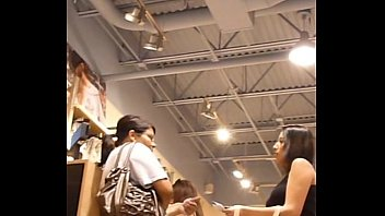18yr senior upskirt teenie while shopping
