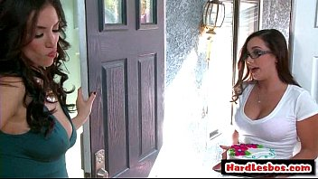 sizzling amp_ mean lesbos penalize fresh office assistant.