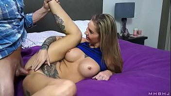 enjoying wifey gets her cooter beaten by next.