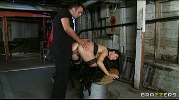 the manager firm plows his assistant