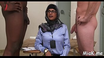 after bathroom arab playgirl gets ripped.