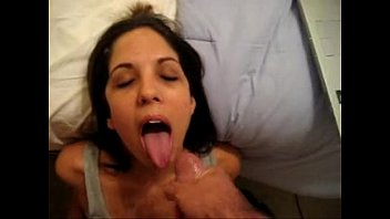 nutting all over her face on.