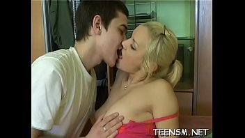 insatiable boy tongues supah-hot bud