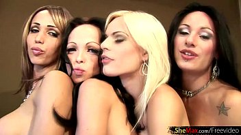 t-girls check their manmeat sizes and munch taut.