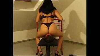 domme polonged queening