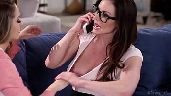 massive-titted mother kendra eagerness and kimmy granger.