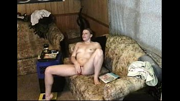 covert webcam catches nubile masterbsting