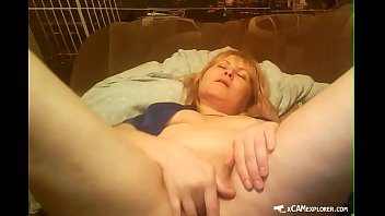 mature russian wanks on web cam part 1.