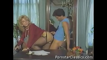 old school pornography starlet nina hartley-2